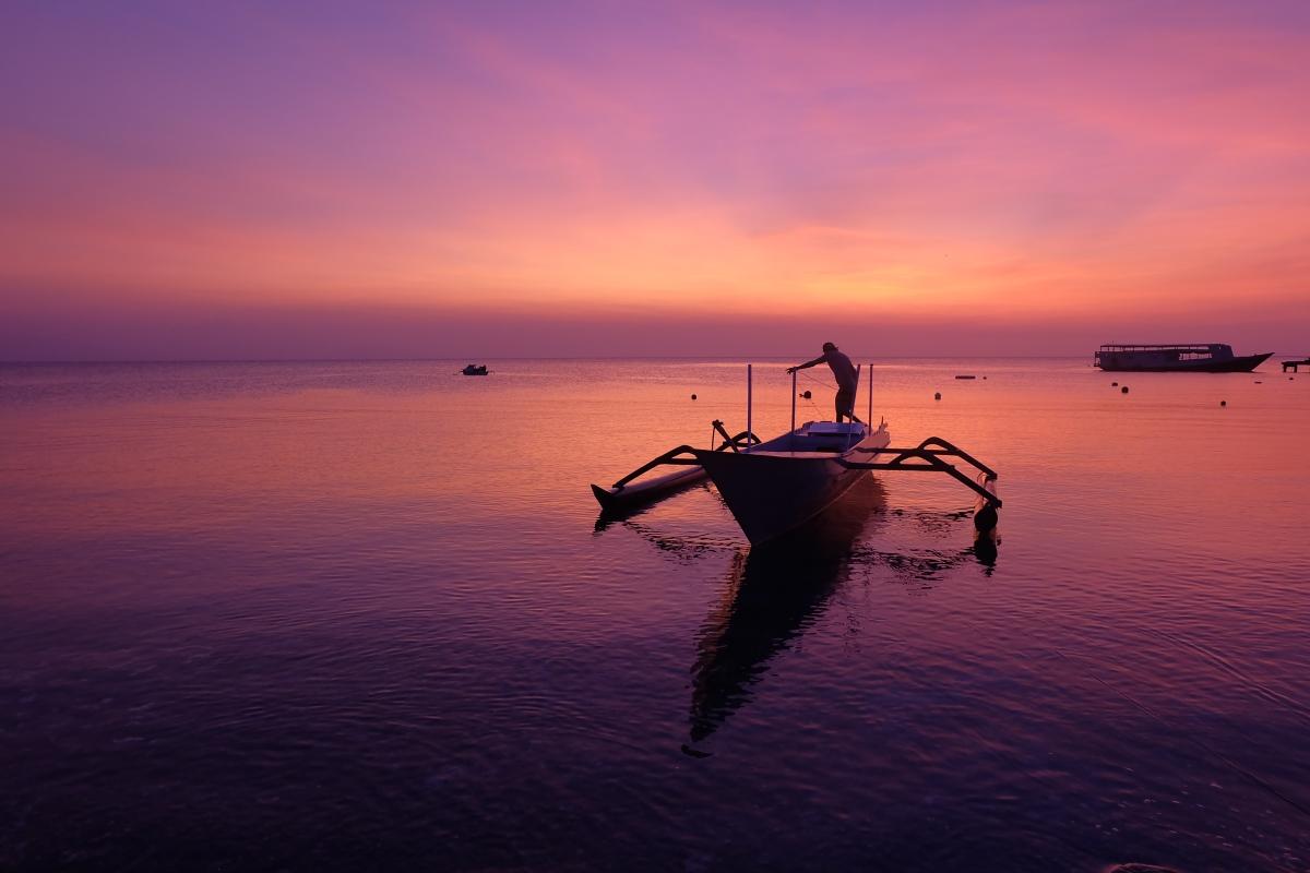 3 Lokasi untuk Menikmati Sunset di PulauMoyo